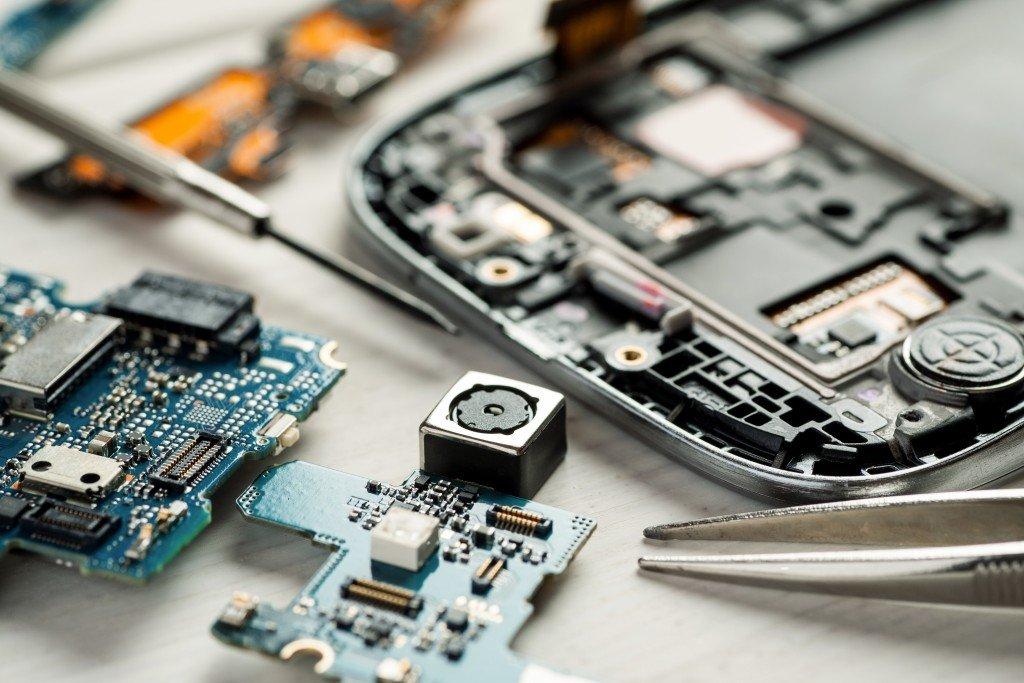 mobile phone repair service